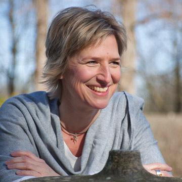 Ines Lennartz